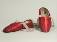 Sapatos de 1810 a 1830.