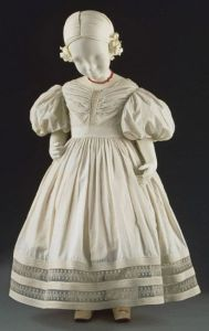 Vestido de criança, 1830.