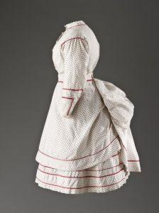 Vestido de criança, 1865 - 1870.