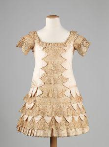 Vestido de festa infatil, 1879.