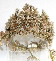 Tiara de flores de 1880.