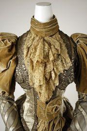 Jabô de um vestido de 1880.