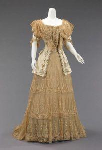 Vestido de 1895.
