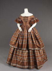 Vestido americano, de 1858 - 1860.