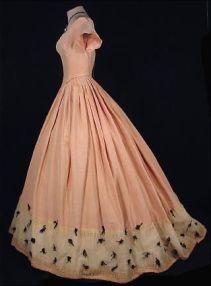 Vestido de baile de 1848.