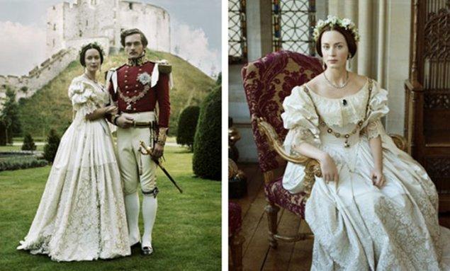 """Réplica do vestido de casamento da Rainha Vitória no filme """"Young Victoria"""" de 2008."""