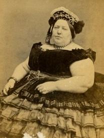 A Madame Sherwood, uma Mulher Gorda, tinha 306kg.