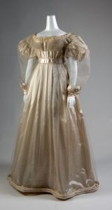 Vestido de manhã de 1830.