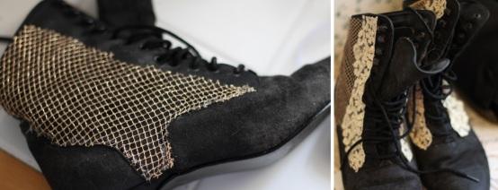 Cubra os lados da bota com a malha dourada. Pode ser usado esse estilo de corte que está na imagem. Cole com cola quente. Depois, adicione a renda nas bordas da frente, como na imagem.