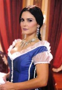 Carla Regina, no papel da personagem Lúcia/ Maria da Glória.