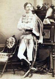 O jovem Perry Belmont foi fantasiado de Oliver Hazard.