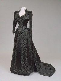 Vestido de luto da Imperatriz Maria Feodorovna, década de 1880.