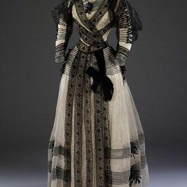 Vestido provavelmente de meio-luto, 1889-1892.