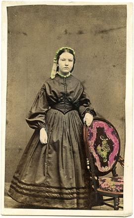 CDV de 1862, com detalhes coloridos à mão.
